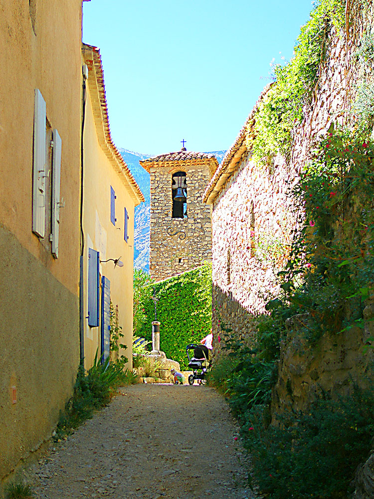 Street in Brantes, Provence, France