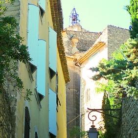 Blue shutters, Gordes - Provence, France