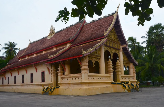 Wat Ong Teu, opposite our hotel