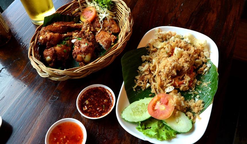 Chicken Wings, Som Tam