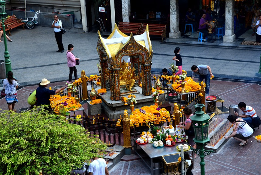 Erawan shrine - Bangkok, Thailand