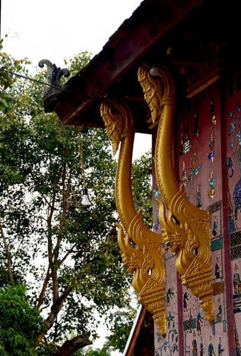 Naga roof brackets, Wat Xieng Thong - Luang Prabang, Laos