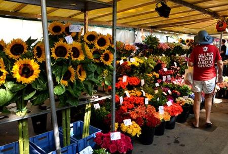 Bastille Market 2