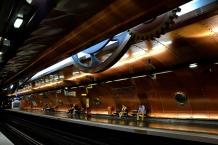 Arts des Metiers metro station
