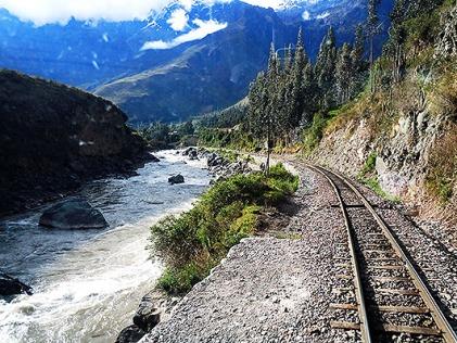 Train to Aguas Calientas