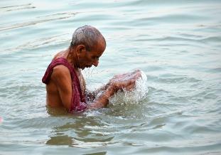 Morning ablutions - Kolkata