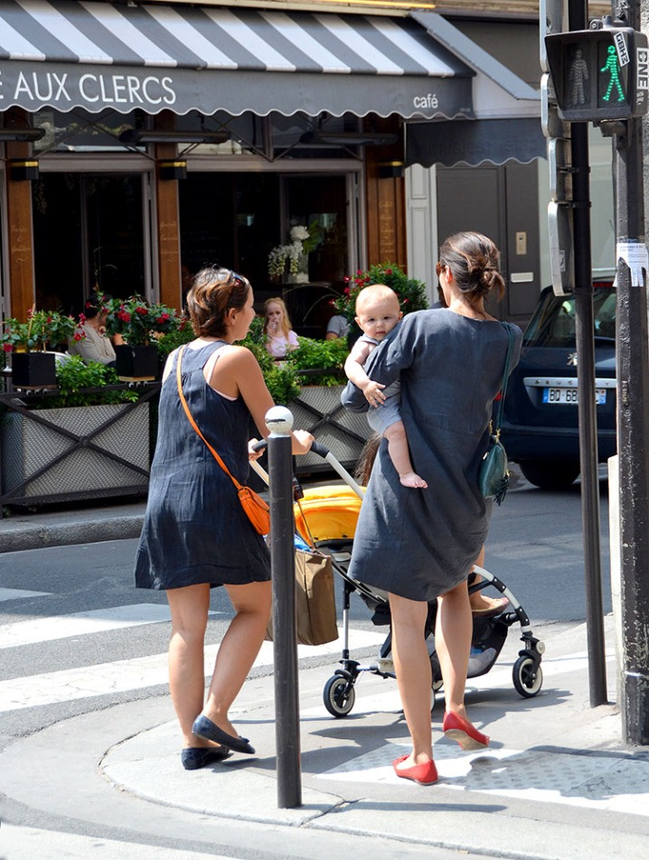 Oh so French neutrals and pops of colour! - On the streets of Saint Germain.