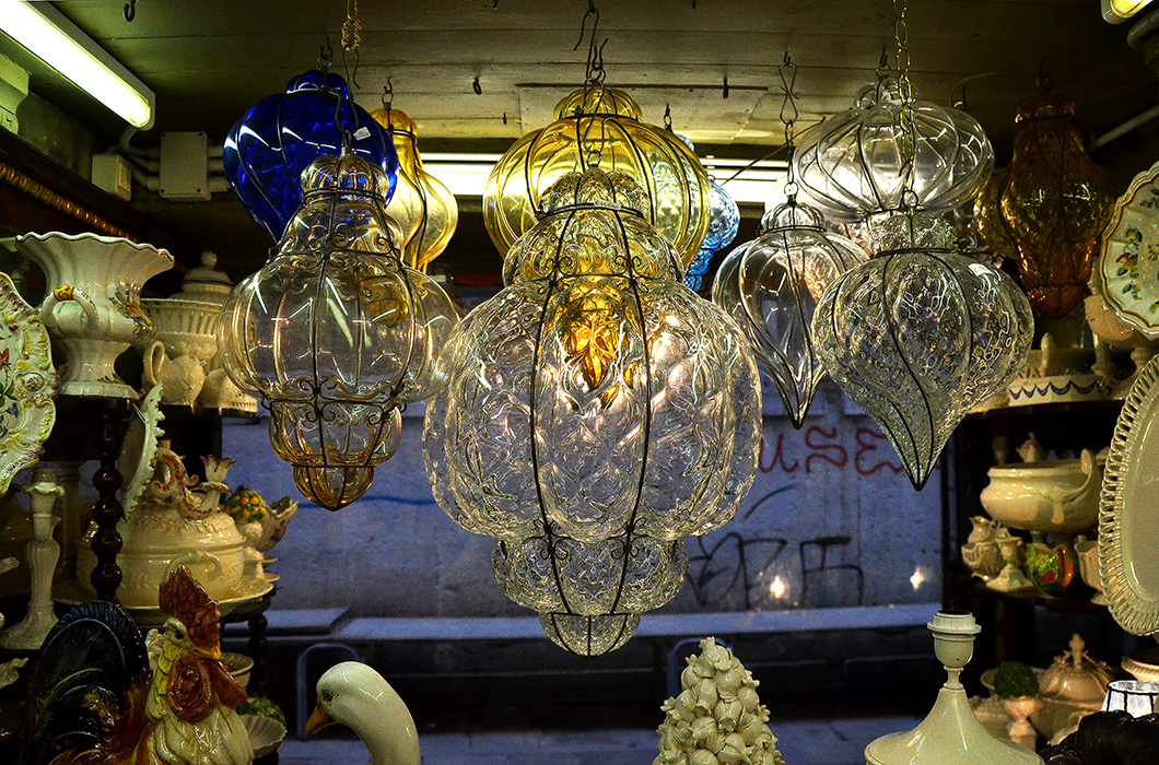 Lamp display, Venice