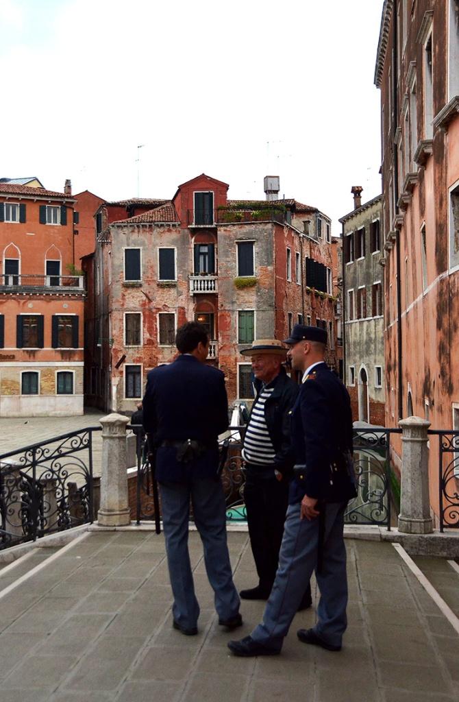 Venice - Gondolier & Carabinieri