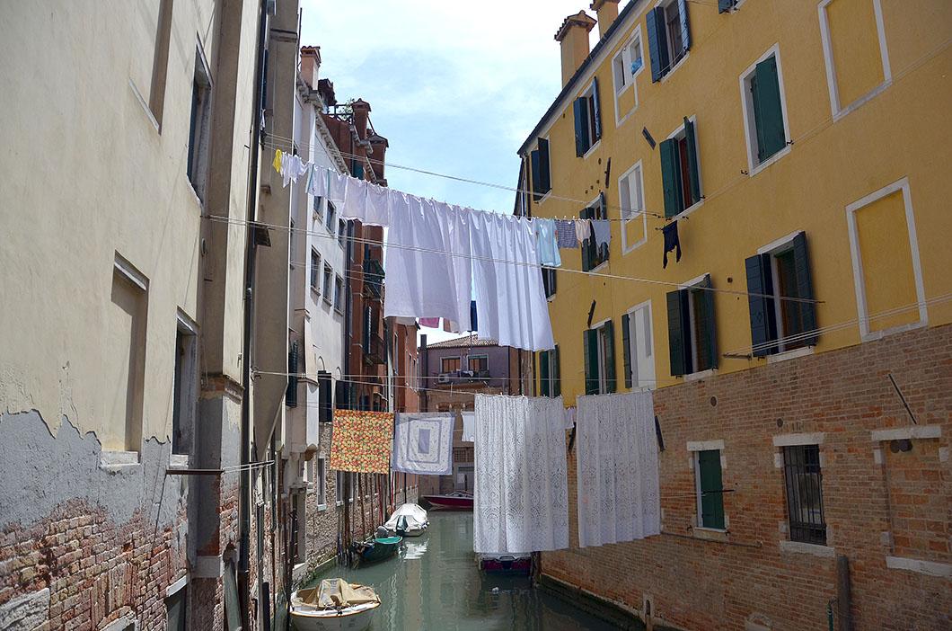 Venice - Clothesline