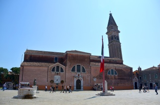 The church of San Martino with its leaning Campanile.