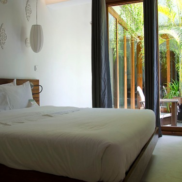 The little terrace divides our suite into two distinct areas. Blackout curtains help cut out light and glare.