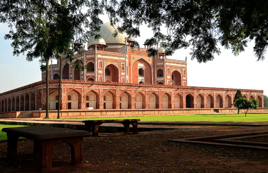 Revelling in the serene silence of those pink stones! – Humayun's tomb, Delhi. (Click on the image to read more about this grand mausoleum)