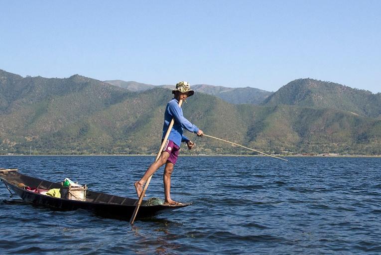 Intha Fisherman 1