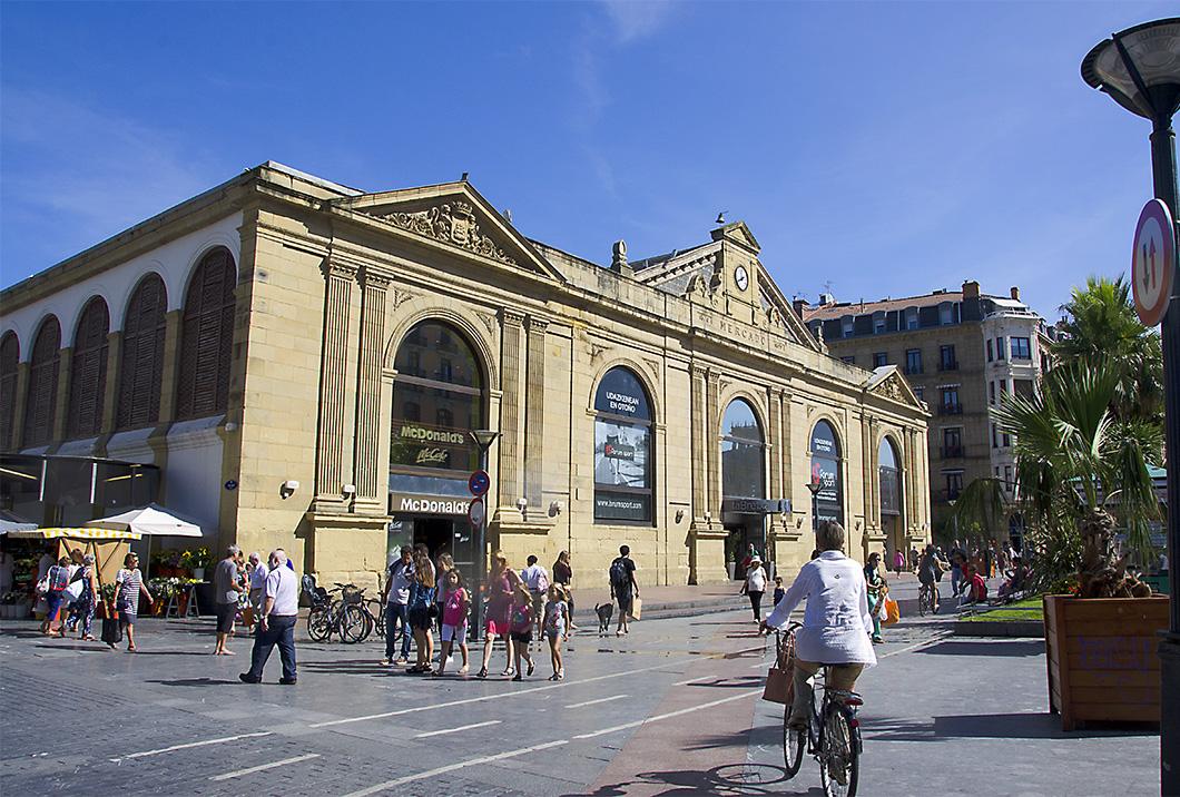 Facade of Mercado de la Bretxa, San Sebastian