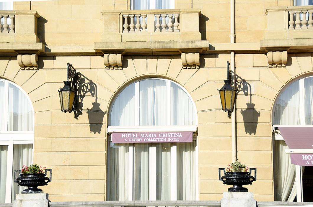 Facade of Hotel Maria Cristina