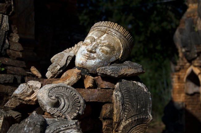 Indeing sculpture, Inle Lake, Myanmar
