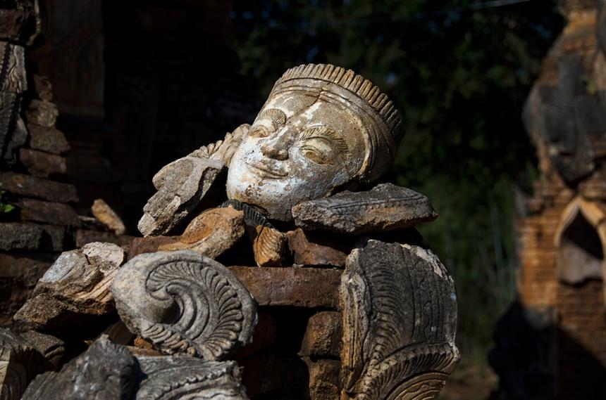 Indeing sculpture, Inle Lake, Myanmar