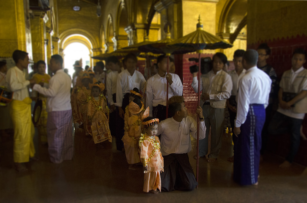 Novice monk initiation in Mahamuni Pagoda, Mandalay