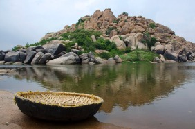 A coracle on the Tungabhadra trail