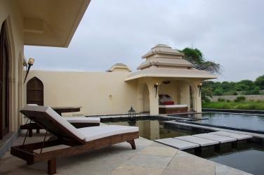Private pool - Jal Mahal Villa.