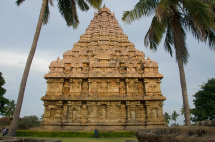 Rear view - Gangaikonda Cholapuram