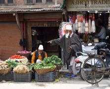 Heritage walk through old town, Srinagar