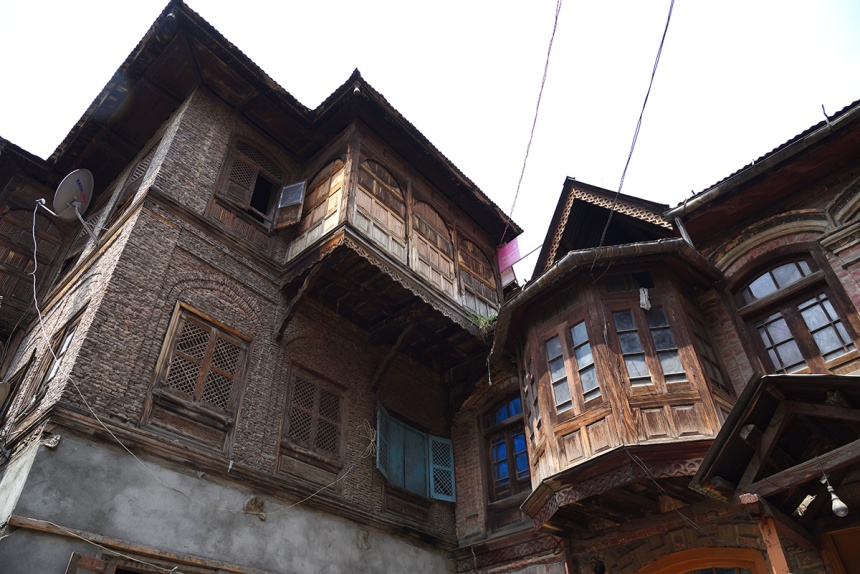 Heritage building in Srinagar - example of Taq architecture