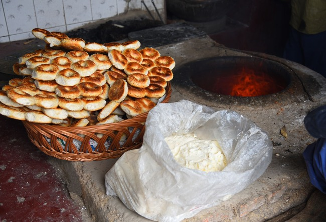 Traditional bakery, Srinagar old town