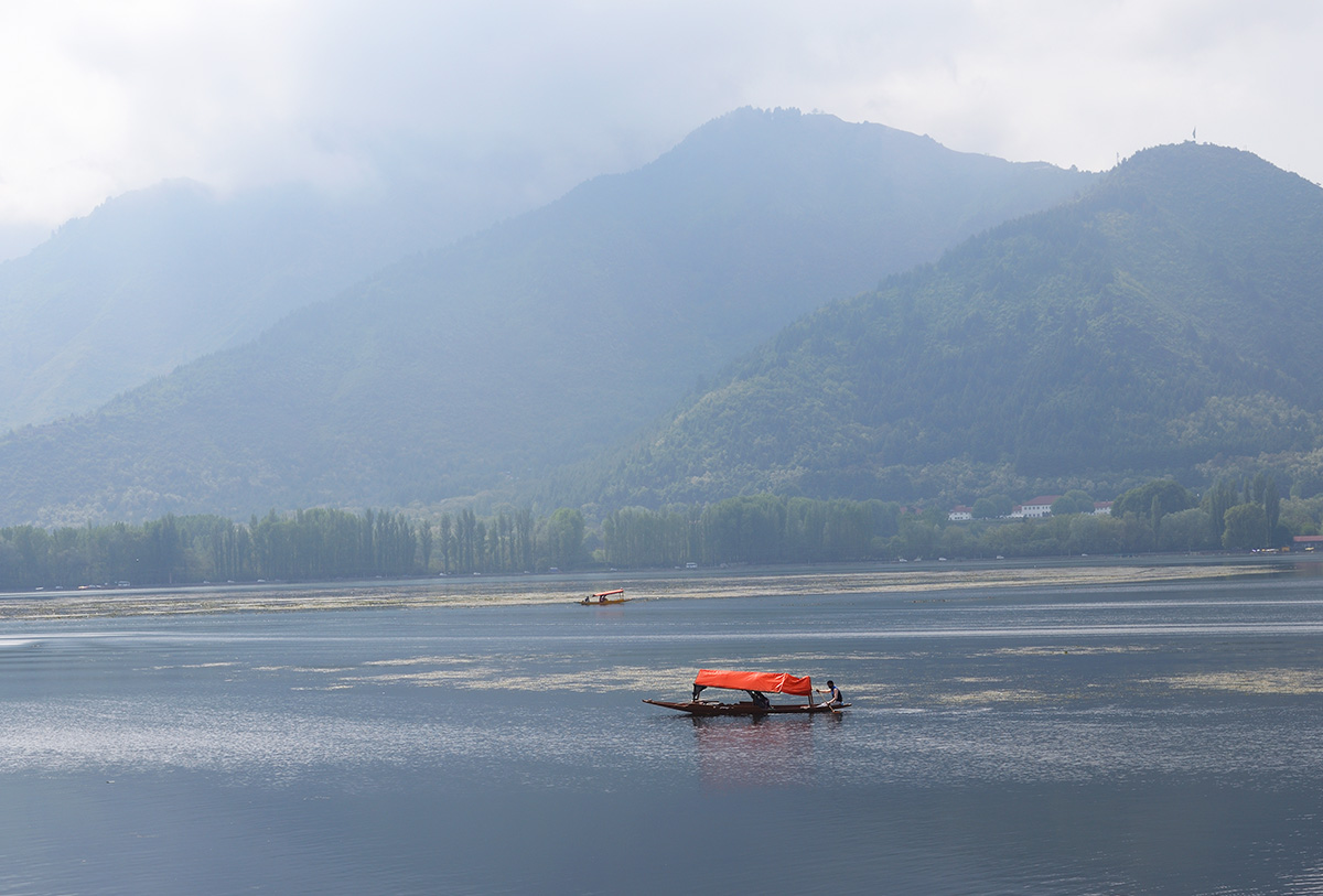 View from Sukoon houseboat, Srinagar