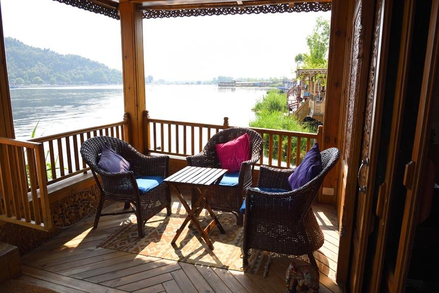 Sukoon Houseboat, Srinagar