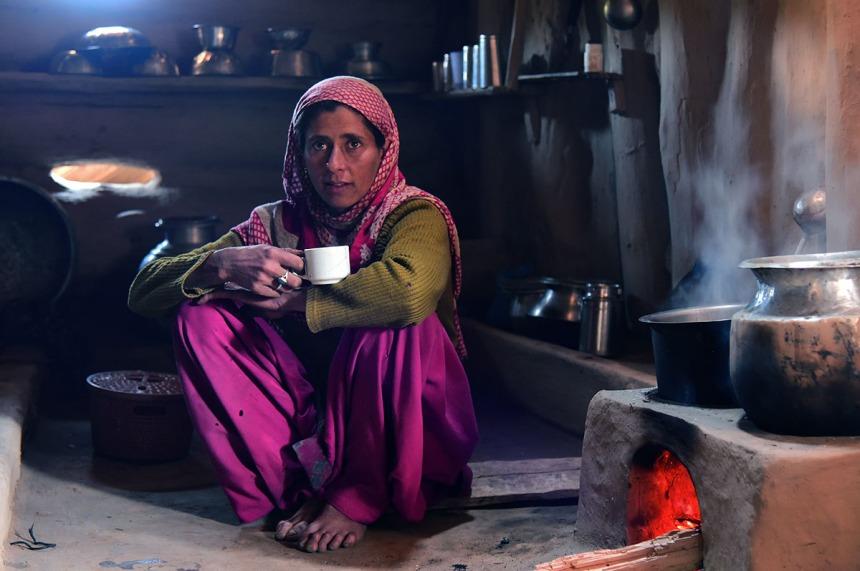 Gujjar nomad woman, Dodhpatri