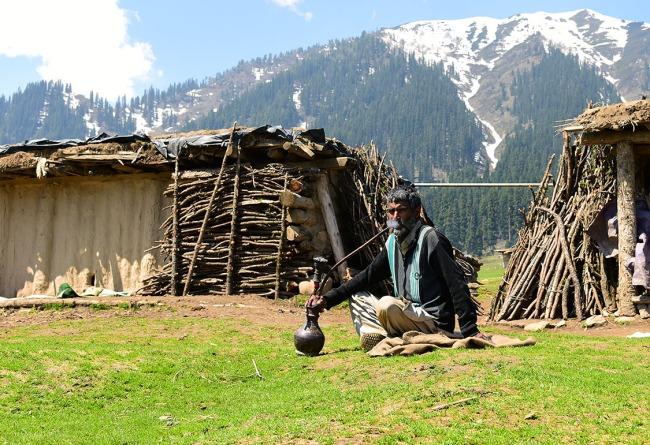 Gujjar Nomad, Dodhpatri, KAshmir