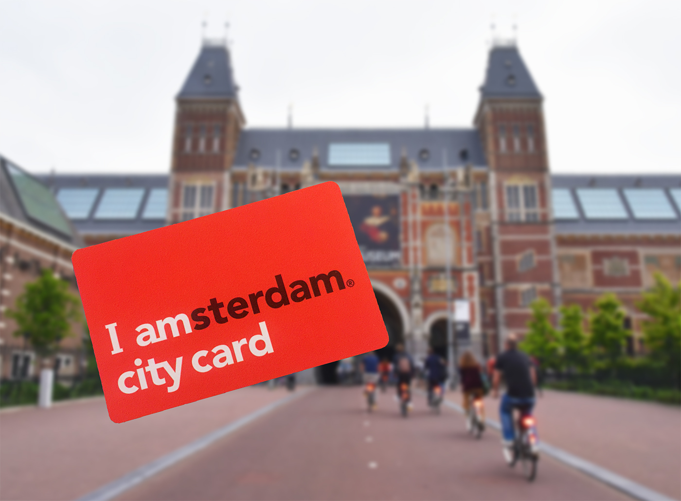 I amsterdam City Card jusxtaposed against the Rijksmuseum.