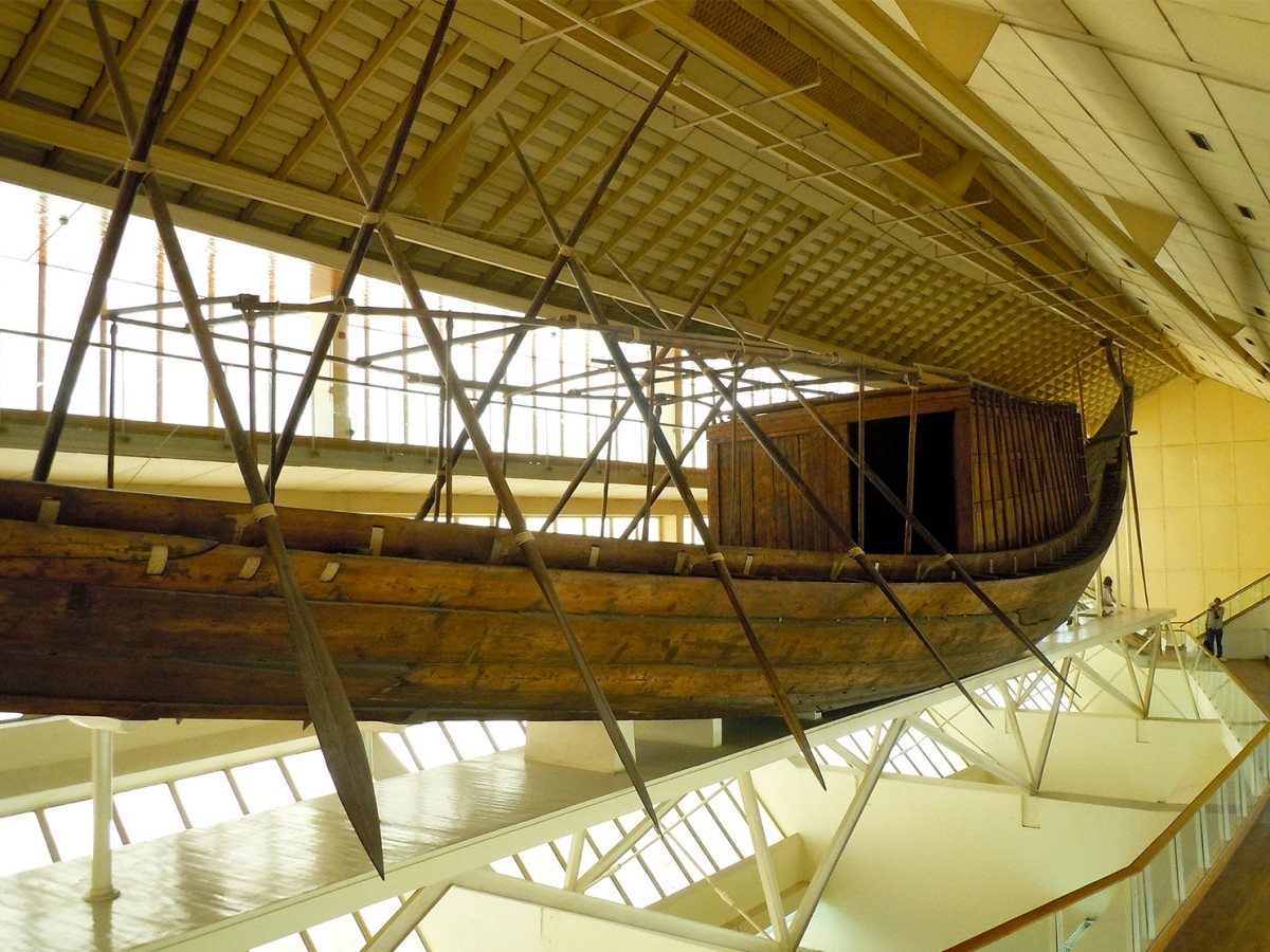 Khufu's Solar boat in Giza, side view