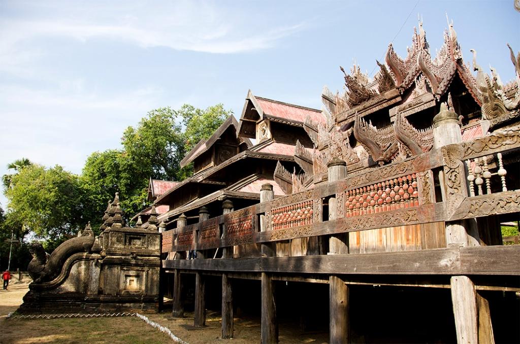 Youqson Kyaung wooden monastery, Salay