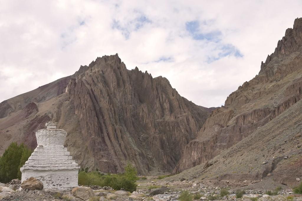 Chorten beside the road in Ladakh